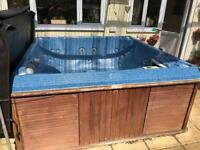 Spa form hot tub jacuzzi