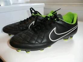 Nike Tempo molded stud football boots size uk7