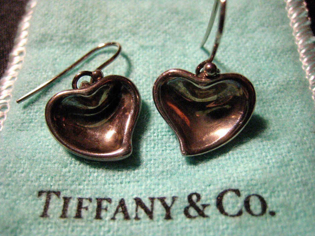 2abb7a541 Genuine Tiffany & Co. Elsa Peretti Sterling Silver Solid Heart Drop Earrings  in Good Condition
