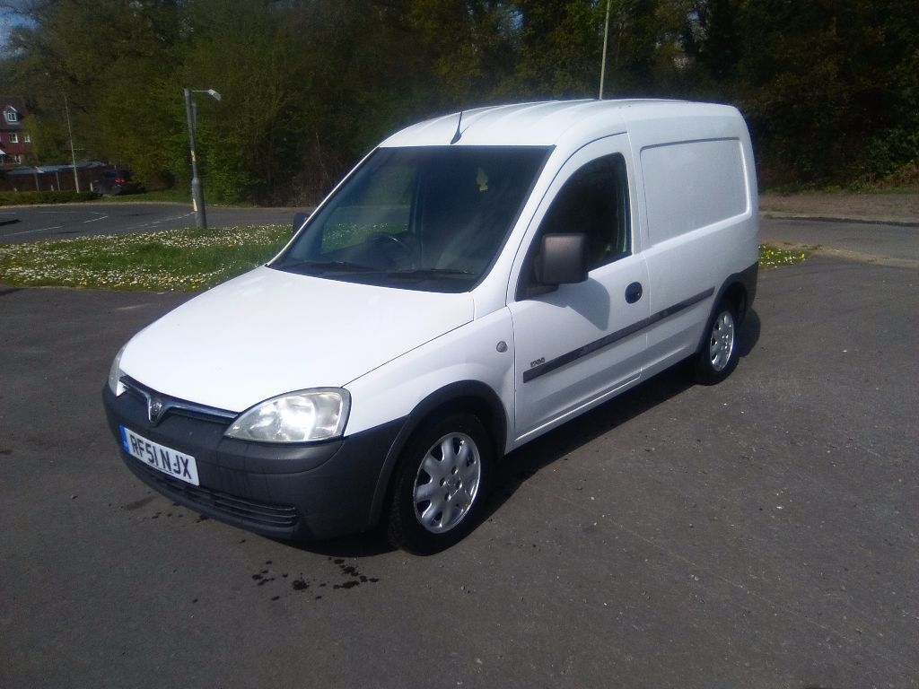 vauxhall combo 51 2001 diesel 1 7 di lez compliant cheap van small van px possible. Black Bedroom Furniture Sets. Home Design Ideas