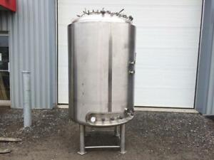 Réservoir en acier inoxydable 1500 litres -- 1500 liters stainless steel tank