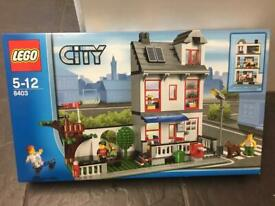 Brand new Lego town house 8403 completely sealed