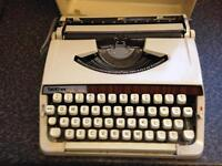 Brother delux type writer £20