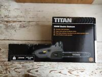 Brand New Boxed Titan Electric Chainsaw 2000W 405mm bar