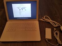 "Apple MacBook ""Core 2 Duo"" 2.4 13"" (Mid-2010) Very Good Condition Swap for iphone 6/6+ or cash"
