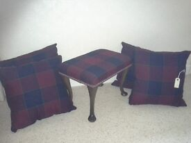 Foot stool and cuchions