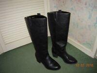 Women's black long boots size 6, excellent condition