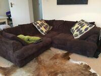 Jumbo cord 4 seater corner sofa in chocolate brown . Comfortable family sofa good condition