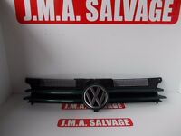 VW GOLF MK4 front Grill removed from 2003