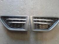 Range Rover Sport Side Grills