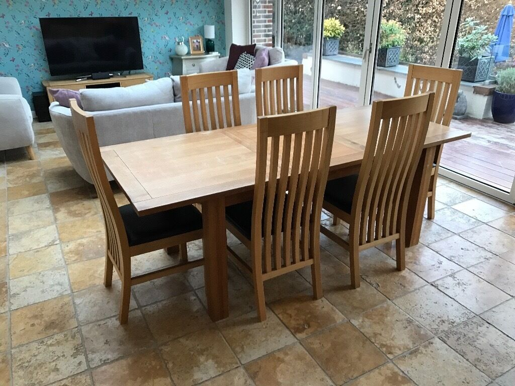 Next Cambridge Solid Oak Extending Dining Table With 6
