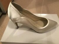 Rainbow 'Lucy' bridal shoes ivory (boxed)
