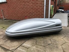 Thule Atlantis 200 Roof Box - 440 litres, and roof bars. Good condition