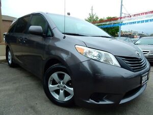 2011 Toyota Sienna LE | LOADED | ONE OWNER | ACCIDENT FREE