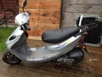 Sym dd50 moped