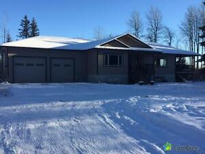 $989,900 - Acreage / Hobby Farm / Ranch in Drayton Valley