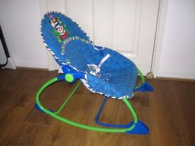 Bargain Fisher Price baby rocker Blue