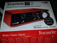 Focusrite Scarlett 2i2 USB Audio Interface 2nd GEN BOXED NEW