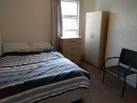 Short Stay Rental - 1 Large Bedroom with double bed