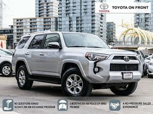 2014 Toyota 4Runner SR5 V6/ LEATHER/ NAVIGATION/ SUNROOF/ TOYOTA