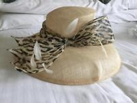 Ladies occasion hat: cream with 'leopard spot' trim(band/bow) - one size