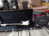 Electric Guitar + Hard case + Amp & effects + Bass guitar. MINT Perfect beginner/intermediate combo