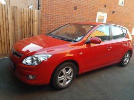 Red Hyundai 130 comfort petrol 1.4