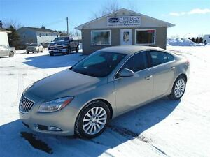 2011 Buick Regal CXL Leather ONLY 50, 000 KMS