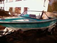 Master craft skier speed boat