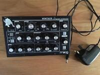 📦 STUDIO CLEAROUT 📦 Moog Minitaur Analog Bass Monophonic Synthesiser