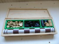 Chess set with draughts, all wood, boxed