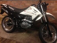 Suzuki drz 125 sm 10/10 like brand new showroom condition in every way, perfect quality first bike.