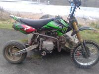 super stomp pit bike
