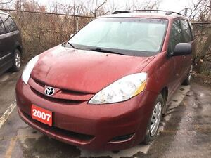 2007 Toyota Sienna CE 7 Passenger, Power winodws/locks, Alloy wh