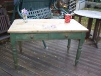 OLD PINE FARMHOUSE KITCHEN DINING TABLE Approx 4ft x 2ft 4inches