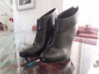 Ladies Ankle Boots - Heels - Size 5 - Black- Anne Marino