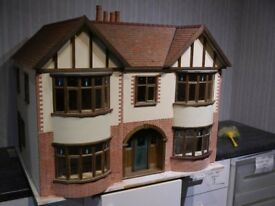 Fairbanks Dolls House 1/12 scale adult collector