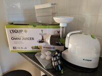 Low speed cold pressing L'EQUIP OMNI JUICER