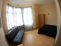 Triple Room £210, 3 bedrooms house, front garden, all bills included. Central line shopping centre