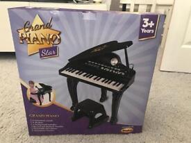 Grand Piano Star 3years plus