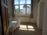 Sunny 2 bed flat for rent 7 Dials