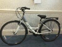Ladies Elyse Apollo comfort series bike