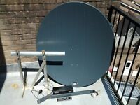 Fortec Star Digital Satellite Receiver with Complete 1meter Dish