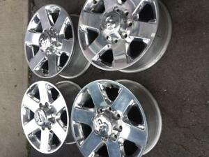 BRAND NEW TAKE OFF DODGE RAM 2500  FACTORY OEM 18 INCH ALLOY WHEEL SET OF FOUR.NO SENSORS.