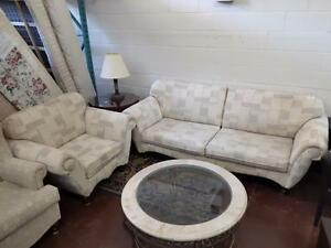 Large Selection of Sofa Sets and Sofa Pull-out Beds on Sale! Don't Wait! We Sell Out Fast!!!