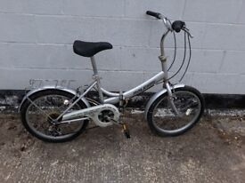 6 speed Raleigh folding bike **I can deliver **