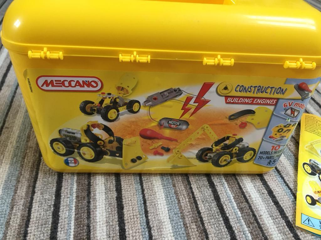 Meccano construction building engines set 5-8yrs old