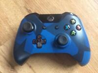 Xbox One Special Edition Midnight Forces Controller.