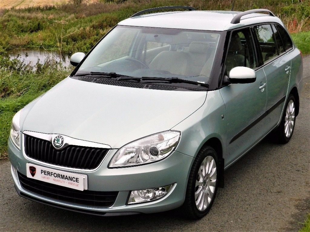 60 plate skoda fabia 1 2 tsi elegance estate auto dsg. Black Bedroom Furniture Sets. Home Design Ideas
