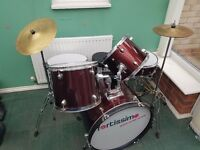7 piece Fortissimo drum kit suitable for teenagers